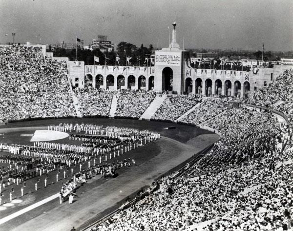 30 июля 1932 года — открытие X летних Олимпийских Игр в Лос-Анджелесе