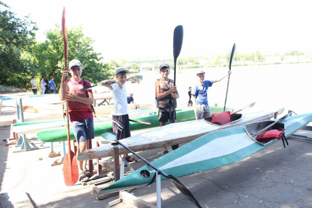 30 июля — В Зугрэсе прошли соревнования по гребле на байдарках и каноэ