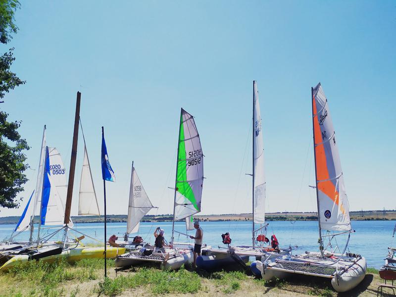 Соревнованиях по парусному туризму на Новосветском водохранилище