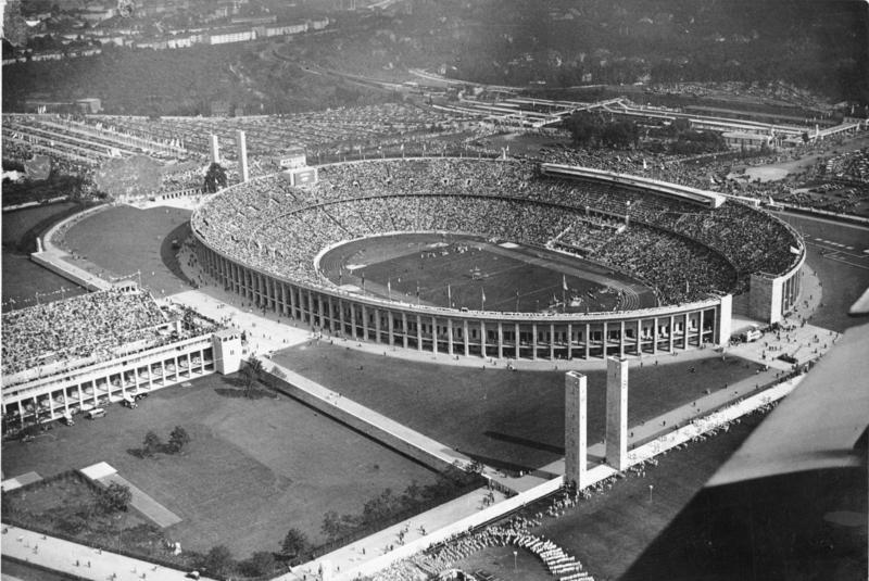 1 августа 1936 — открытие XI Летних Олимпийских игр в Берлине