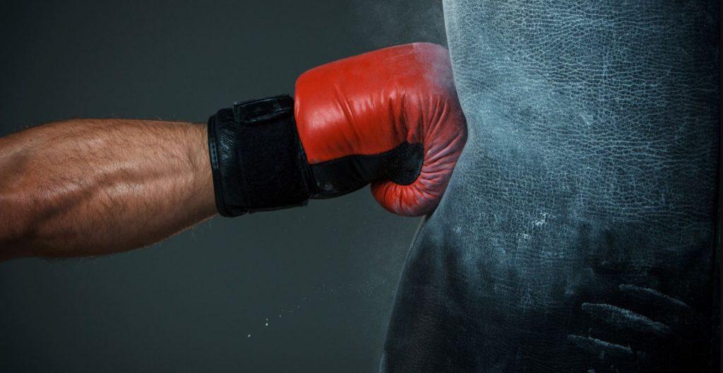 8 октября — день рождения боксерской перчатки