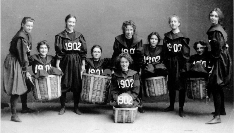 Всемирный День баскетбола: 129 лет игры в 3 историях