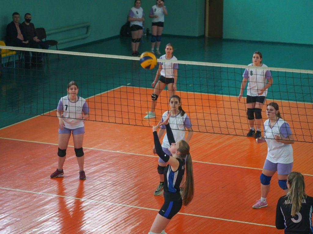 12 февраля — Первенство по волейболу памяти Семена Маркарьяна — Донецк