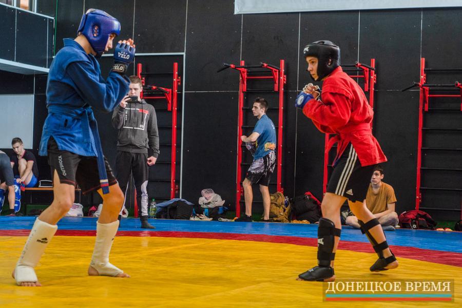 27 марта - Как проходили чемпионат и первенство ДНР по боевому самбо - СК «Олимпийский»