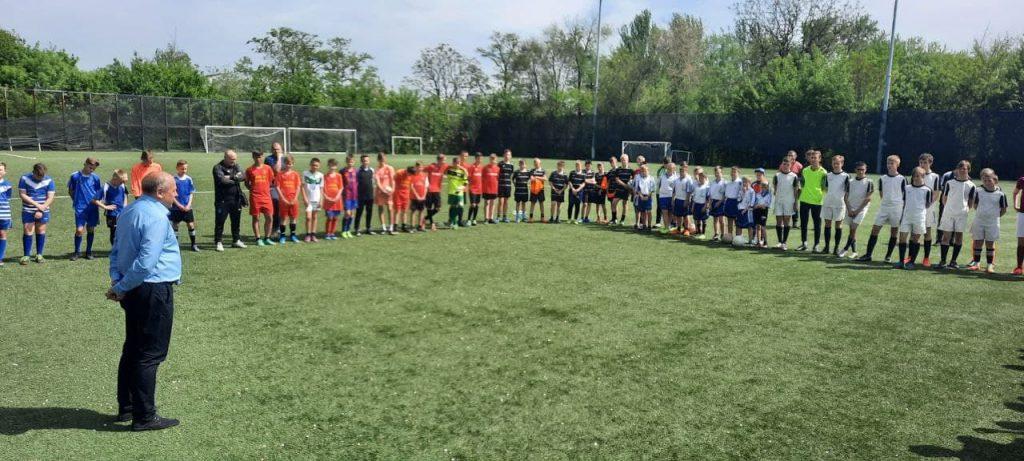 Весна 2021 —  Подведены итоги соревнований по футболу «Кожаный мяч» среди школьников