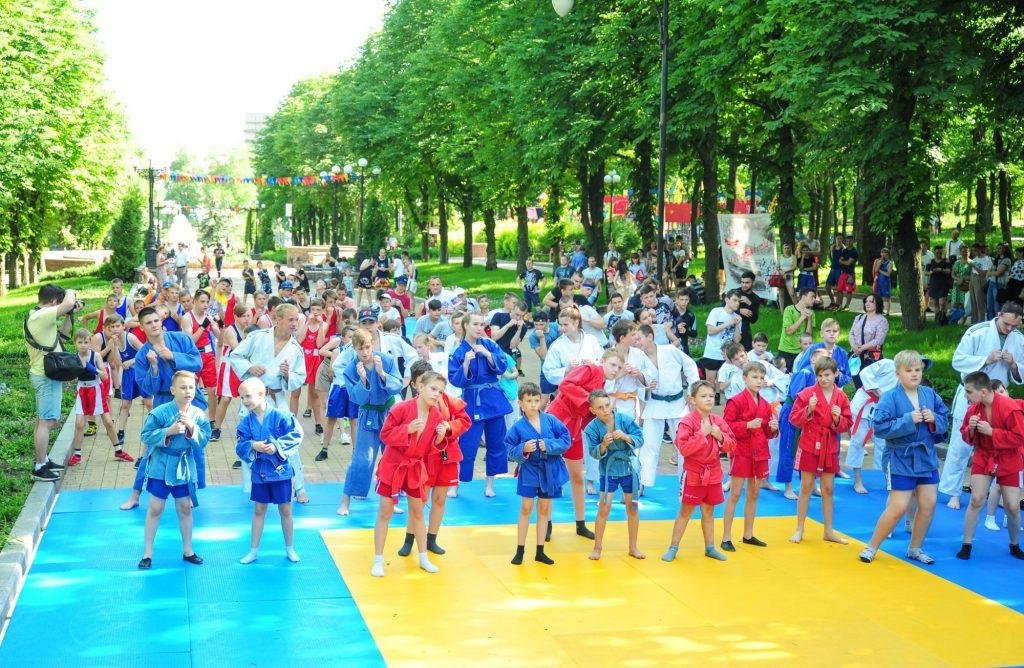 21 июня — Фестиваль единоборств — парк им. Щербакова, Донецк