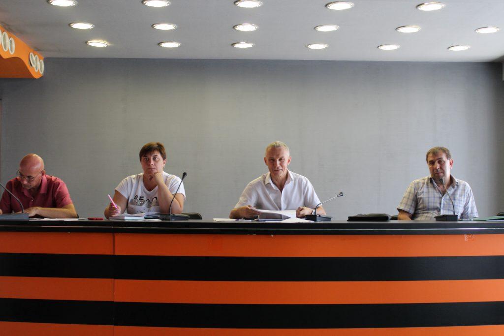 23 июля — Рабочее совещание с федерациями по видам спорта и спортивными школами ДНР — СК «Олимпийский»