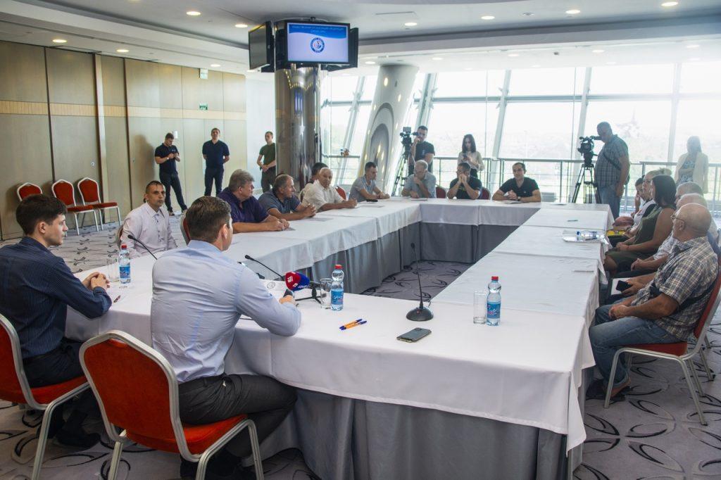 5 августа — Расширенное заседание тренерского совета Федерации дзюдо ДНР — «Донбасс Арена».
